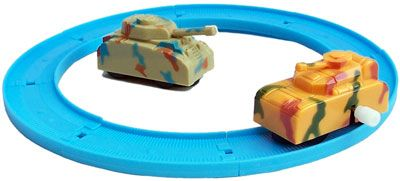 Wind up Tank and track set